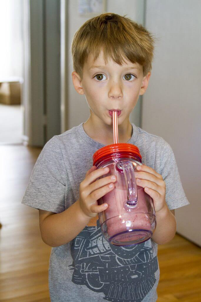 toddlers love smoothies with beech-nut